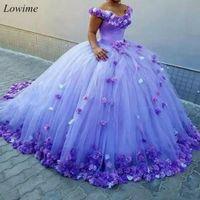 2020 Lilac Puffy Bal Ball Suknie Quinceanera Suknie Kopciousa Off Ramię 3D Kwiaty Cosplay Formalna sukienka Prom Sweet 16 Dress Masquerade