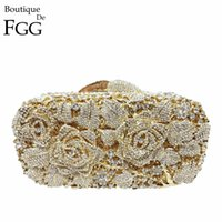 Embrague de metal nupcial Floral Rose Bag Mujeres Crystal Gold Evening Bag Wedding Party Bolsos Monedero Lady Diamond Rhinestone ClutchesMX190820