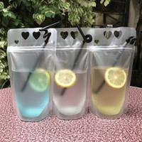 Herz-Form-Design Kunststoff-mattierte Getränk Verpackung Beutel-Beutel für Getränke Saft Milch Kaffee, mit Griff und Löchern für Stroh