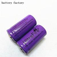 la batteria della macchina fotografica digitale di trasporto di alta qualità UltraFire 16340 3200mAh 3.7V batteria ricaricabile al litio