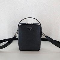 P 066067 Leder hat ein gutes dreidimensionales Gefühl. Postman-Taschen Handtasche Umhängetasche Mode Es gibt genügend Platz für Alltagsgegenstände