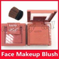 KARITEブランドメイクアップブラッシュ4色の自然な実際の防水顔は高品質のマットの赤面を作る