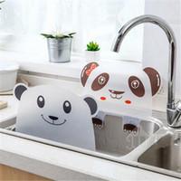 1PC 크리 에이 티브 물 배리어 주방 액세서리 야채 방지 물 튀는 아웃 귀여운 곰 팬더 싱크 얼룩 방지 플랩 가젯