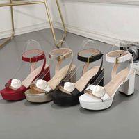 Tasarımcı yüksek topuklu sandalet deri su geçirmez platformu kaba topuk deri moda kadın ayakkabı metal toka partiler lüks seksi sandalet 42