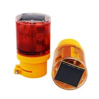 Luz intermitente de la calzada de la bombilla solar 6 LED Intermitente luminoso de luz nocturna de emergencia para la iluminación industrial Lampada Modo de flash 110 veces / min
