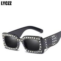 e5acb9ff37256f LYCZZ Marque De Luxe Perle Petite Carré Lunettes De Soleil Femmes De Mode  Top qualité Conception