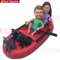 Floß personalisiert mit Haustier-Bräutigam-Ruder-Gewohnheits-personalisierter Boots-Hochzeitstorten-Deckel-Wackelkopf-Lehm-Figur basiert auf Kunden-Foto