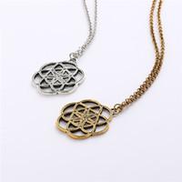 Anhänger Metatrons Würfel Merkaba Seven Chakras Halskette Runde handgefertigte Halskette in Gold- und Silbertönen