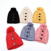 أزياء المرأة الدافئة القبعة أزياء الشتاء حماية الأذن زر لوازم حفلات سقف ملتوية قبعة كاب في الهواء الطلق لينة تزلج 7styles RRA2098