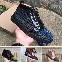 새로운 남성 여성 박힌 스파이크 캐주얼 운동화 레드 단독 바닥 가죽 스웨이드 낙서 스파이크 운동화 CHAUSSURES 신발