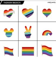 9 Estilo LGBT del arco iris Diseño creativo del corazón Yeh dedo de la broche de metal pernos de las broches insignia de solapa Denim esmalte de joyería regalo de las mujeres unsix
