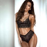 Conjunto de ropa interior de mujer de moda de nueva Europa Tubo superior Bra Chaleco Pantalones cortos Lencería sexy Conjunto de encaje Blanco Negro C4600