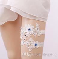 2 Parça Set Kraliyet Boncuk Beyaz Dantel Gelin Bacak Garterler Balo Jartiyer Gelin Düğün Jartiyer Kemer Faux İnciler Ücretsiz Boyutu 15-23 inç