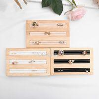 [DDisplay] Exhibición clásica de joyería de madera sólida Pendiente de tres capas Estante de joyería Pendiente de cuero negro / blanco Pendientes Espárragos Soporte de joyería