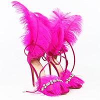 Européen personnalisé marque sandales fille soirée Party sandale à plumes femmes chaussures de mode même super star T montrent l'été sexy discothèque pompes