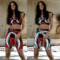 2020 Kadın Mayo Köpekbalığı Mayo Spor Sutyen + Şort Sandıklar 2 Parça Eşofman Hızlı Kuru Beachwear Bikini Set Bez Yaz Giyim C61711