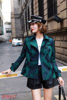 Damen Plaid Windbreaker Short Slim Trenchcoats Wasserdichter zweireihiger Trenchcoat Klassische britische Windbreaker-Jacke