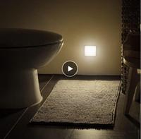 Nuova luce di notte Smart Motion sensore LED di notte della lampada a pile di WC lato del letto in camera Lampada Per Corridoio Pathway igienici