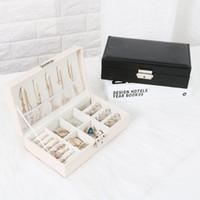 Exquis Voyage Boîte à Bijoux Femmes En Cuir Rectangle Emballage Collier Anneaux Boucles D'oreilles De Stockage Organisateur Affichage Coffrets Cadeaux Cas C19021601