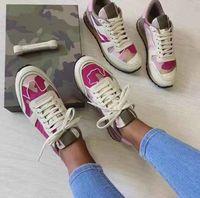 Zapatos de los hombres zapatos de la zapatilla de deporte camuflaje Rockrunner manera de las mujeres tela de acoplamiento tachonado de cuero real de los corredores Formadores con la caja EU35-45