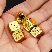 Vintage d'or dés cuivre 13 * 13mm Dice 5 PCS / Set Or / Argent Métal drôle Dice Six standard Sided Décideur Board Game Acessorios