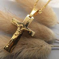 Men 24 k Solid Gold GF Cross Necklaces Wholesale Crucifix Pendant Women Jewelry Fashion Jesus Decoration Dress