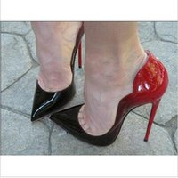 2017 Ired Bottom Cymn Black Winted Toe STILETTO STILETTO Mulheres Bombas de Casamento Festa Dress Sapatos Black Bombas Bombas Studded Heels