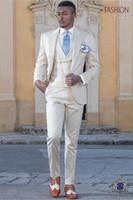 Moda Groomsmen Pico Lapela Noivo Smoking Bege Homens Ternos de Casamento / Prom Melhor Homem Blazer (Jacket + Pants + colete + Gravata) M910