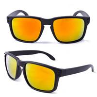 Wholesale-Dernier designer Sports Sport Sunglasses plus chaud 9102 VR46 Lunettes de soleil Femmes Mens Sport Sport CLYING SUNGLASSES MODE OUTWEEARS GSA001
