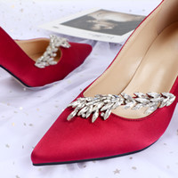 Горячая распродажа кристаллы стилет каблук шелковые свадебные туфли для невесты дизайнер женщины на каблуках заостренный носок стразы леди насос