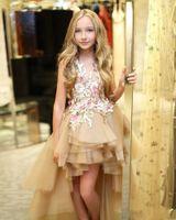 샴페인 높은 낮은 계층화 꽃 여자 드레스 결혼식에 대 한 어린 소녀 미인 드레스 10 대 3D 꽃 appliqued 얇은 명주 민찬 가운