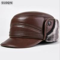 Pelle di pecora Cappello Uomo SILOQIN spessore inverno caldo dei paraorecchie Cap Genuine Leather Army cappello militare piano berretto di velluto papà Cappelli T200104