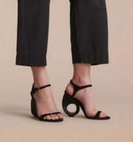 Stijlvolle vrouwen puntige teen pompen suede lederen dames hoge hakken nieuwigheid fretwork ronde cirkel hiel schoenen vrouw zapatos mujer