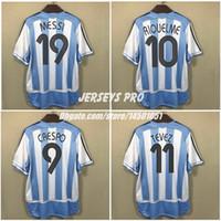 fãs retro Tops Camiseta Camisa do futebol da Copa do Mundo Argentina 2006 Início Shirts Messi 19 Carlos Tevez Roman Riquelme Cambiasso Crespo Pablo Aimar