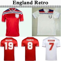 1982 Angleterre Gerrard Lampard Scholes Owen KEEGAN RED McDERMOTT Hoddle FRANCIS Mens Retro Football Maillots MARINER Chemise blanche rouge de football