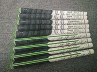 NOVO 2017 Golf Grips clube de golfe apertos de ferro e madeira apertos PLUS4 dois tipos e cores (cor ou o tamanho misto, por favor deixe uma mensagem)