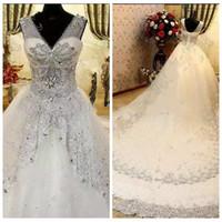 2021 Sheer V-Neck Bling Bling Crystal Beaded Bröllopsklänningar Lyxiga Sequins Lace-up Back Bridal Dresses Custom Made Fashion Wedding Gowns