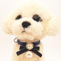 Correa de la hebilla del cuero del animal doméstico del Bowknot del collar con brillante grande collar de perlas Collares de Suministros pequeño perro Gato