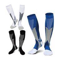 الرجال النساء الساق دعم الإمتداد ضغط الجوارب الجوارب تحت الركبة هدايا للأزياء الرجال جورب جديد