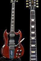 Angus Personalizado Joven Vino Cherry Red SG Guitarra Eléctrico grabado Lyre Vibrola Maestro Tremolo, ABR Tune-O-Matic Bridge, Pearl Trapezoid Inlay