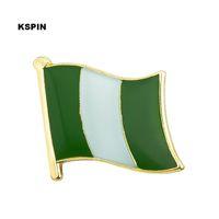 Нигерия Флаг Pin отворотом флага знак штыри отворотом Жетоны Брошь KS0143