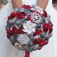 고급스러운 18cm 리본 결혼식 꽃 새틴 신부 부케 Ramos de Novia 인공 꽃 크리스탈 다이아몬드 브로치 결혼식 꽃다발