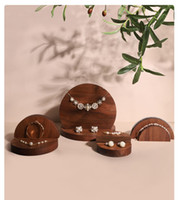 Pendiente titular anillo soporte de madera colgante pantalla precio barato pulsera venta al por mayor joyería de moda escaparate collar JS19-04-08