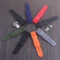 Watchband 22MM 24MM الرجال السود الغوص سيليكون المطاط حزام حزام الفولاذ المقاوم للصدأ مشبك لبانايرا الإنارة