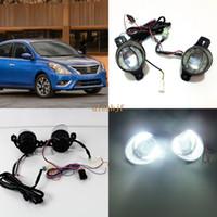 Guía de julio, el rey 1600LM 24W 6000K luz LED Q5 lente antiniebla + 14W 1000LM Día de las luces corrientes DRL caso para Nissan Versa 2012-2017