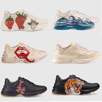 Designer de luxo sapatilha de couro Rhyton Vintage Trainer com boca impressão Morango Tiger Web mens mulheres Sapatos Casuais Oversize Sneakers 35-45
