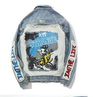 Хип-хоп мультфильм лоскутное рваные джинсовые куртки мужские повседневные проблемные джинсы куртка пальто уличная мода мужская топы 14d41