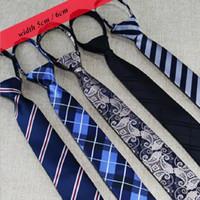 Zip Lazos para hombres Lazy Corbata Floral Rayas estrechas Listo Knot Cremallera Corbata Corbata Negocio Ocio 2pcs / lot