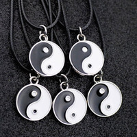 Lot 10pcs Taoism Tai Chi yin yang Charms Collier pendentif en gros HJ08 de mode femmes