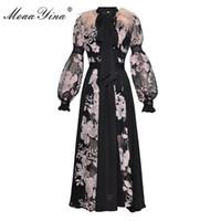 MoaaYina Moda Elbise Bahar kadın Fener kollu Yay yaka Tüy Örgü Çiçek Nakış Seksi parti Uzun Elbise T5190615 see through